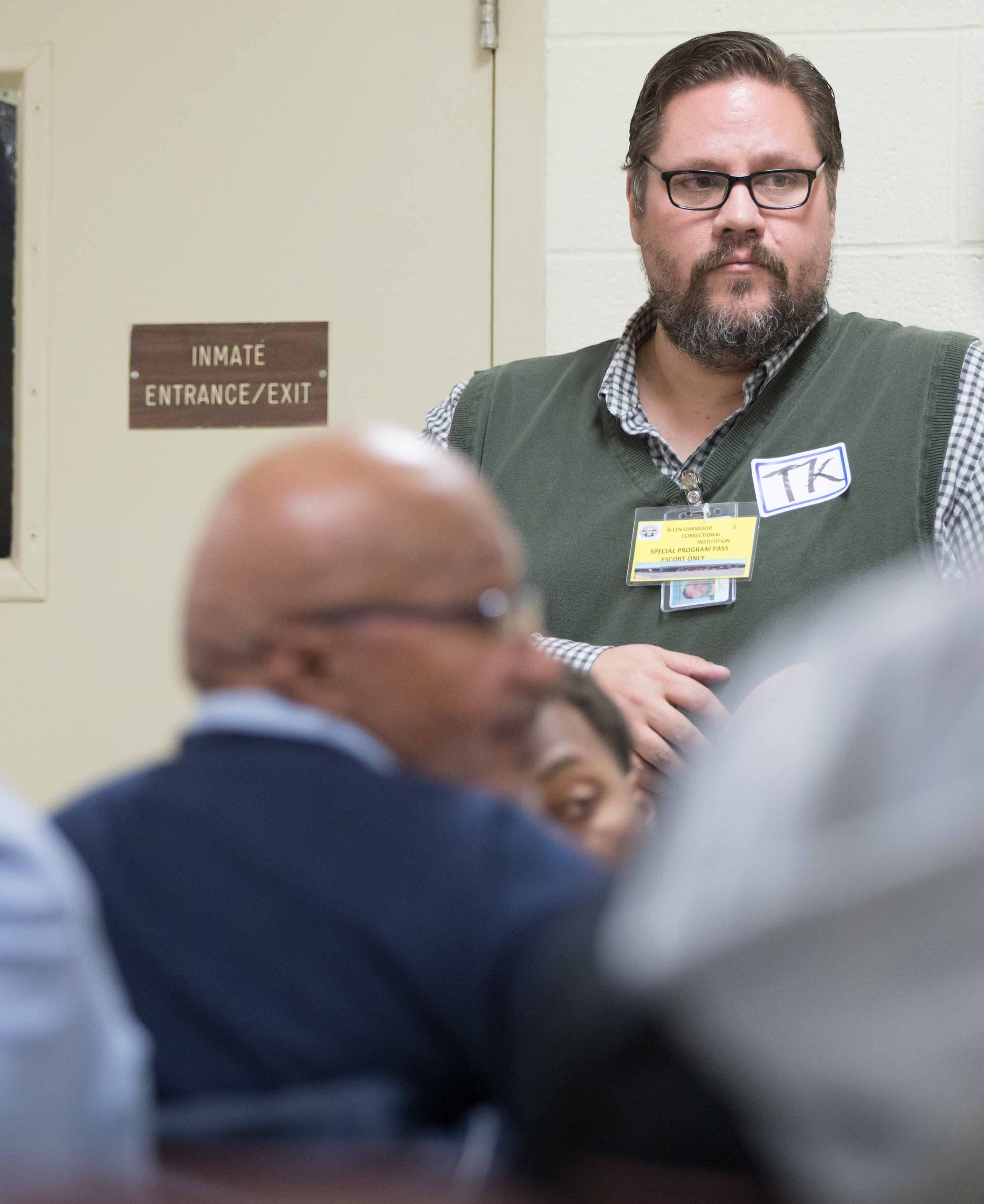 Criminal Justice professor listens to inmates